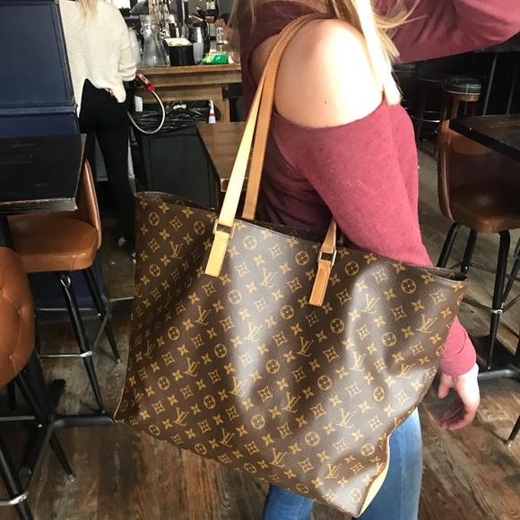 b86bbabf8569 Louis Vuitton Handbags - Louis Vuitton Cabas Alto monogram bag